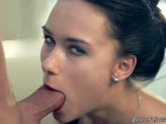 A Blowjob Session After The Dinner Date