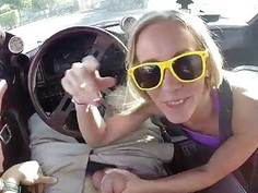 Petite amateur sells her car and pussy