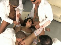 Wondrous nympho Valentina Nappi is mad about a splendid gang bang