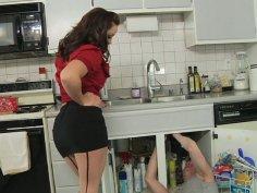 Liza del Sierra facesits a plumber Mark Wood