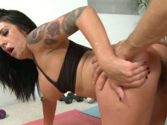 Brunette whore Isis Monroe spreads her legs wide to be fucked