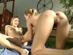 Self fisting lessons with petite blondie Blue Angel