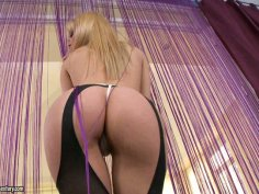 Magnificent blonde babe Sophie Moone boasts off her juicy ass